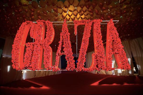 photocall logo rosas rojas madrid